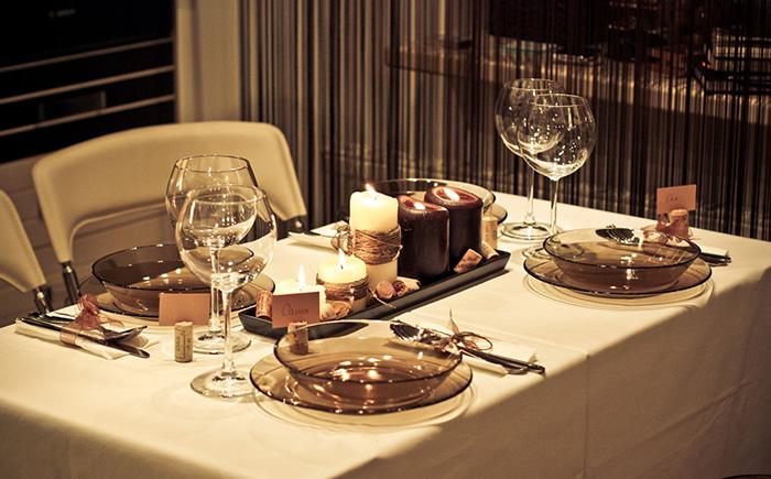 Сервировка стола стеклом