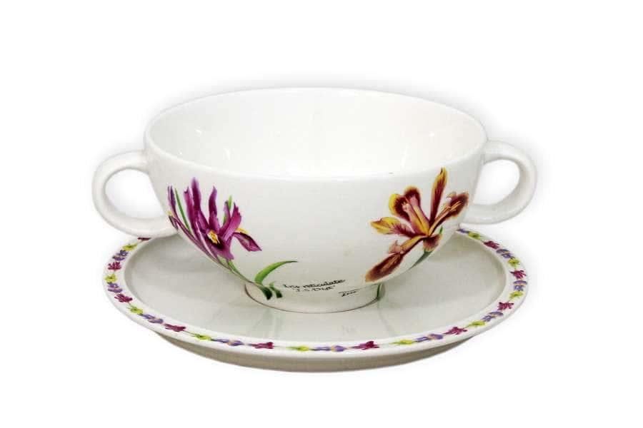 Суповая чашка на блюдце Ирисы