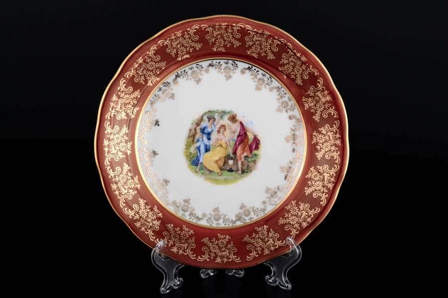 Красная Мадонна Набор тарелок Royal Porcelain 21 см