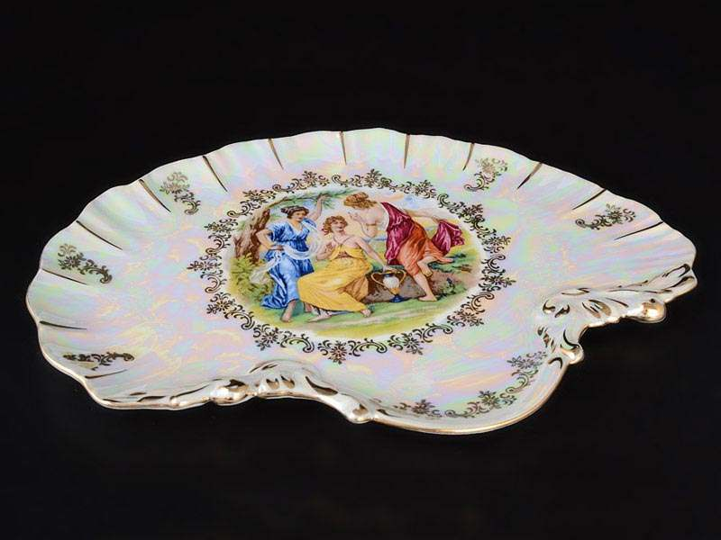 Мадонна перламутр Корона Блюдо ракушка QC 28 см