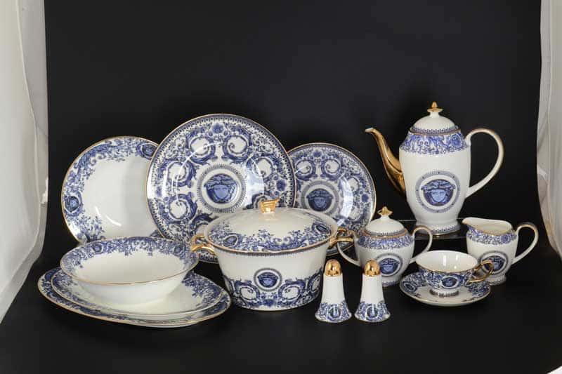Синие цветы Медуза Столово-чайный сервиз Royal Classics на 6 персон 42 предмета