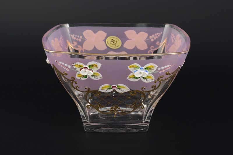 Лепка розовая U-R фон Ваза для конфет Bohemia
