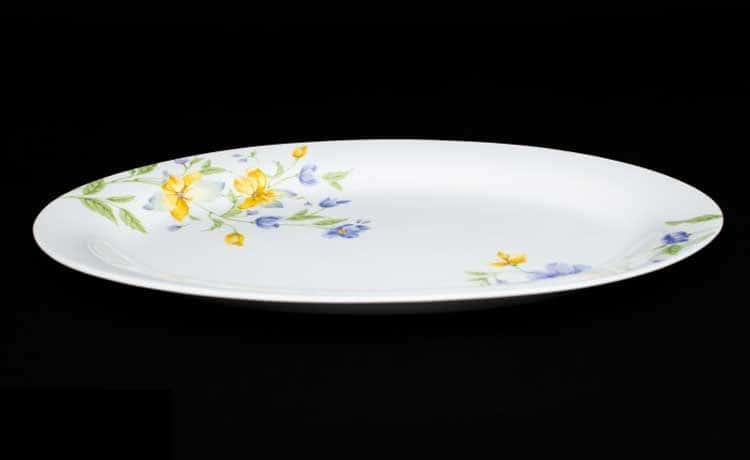 Сиреневый цветок Овальное блюдо 30 см из фарфора Rulanda