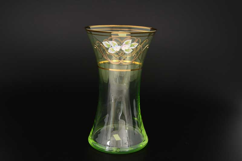 V0024 зеленая Ваза для цветов иксовка Bohemia Crystal 25 см