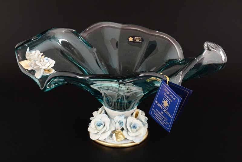 Ваза для фруктов White Cristal на ножке голубая