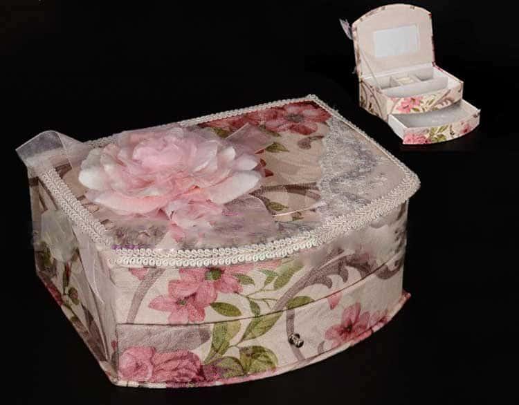 Шкатулка из фарфора Royal Classics с выдвижным ящиком