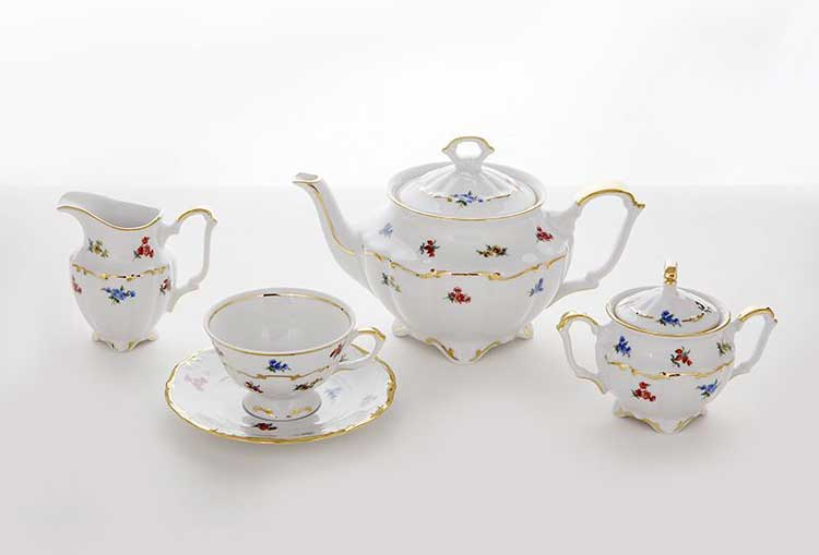 Блумен Чайный сервиз на 6 перс. 15 пред. Bavarian Porcelain