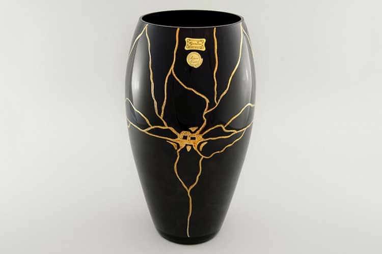 Егерманн Золотая орхидея черная Цветочница 29 см