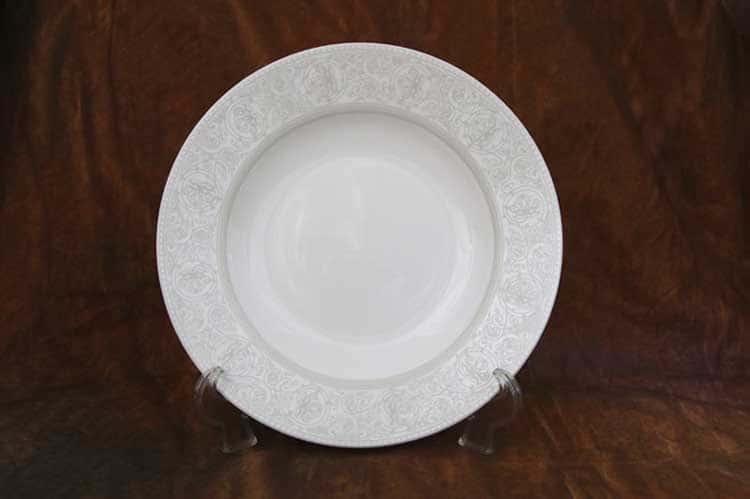 Дионис Костяной фарфор АККУ тарелка суповая полупорционная 350 мл, 23 см