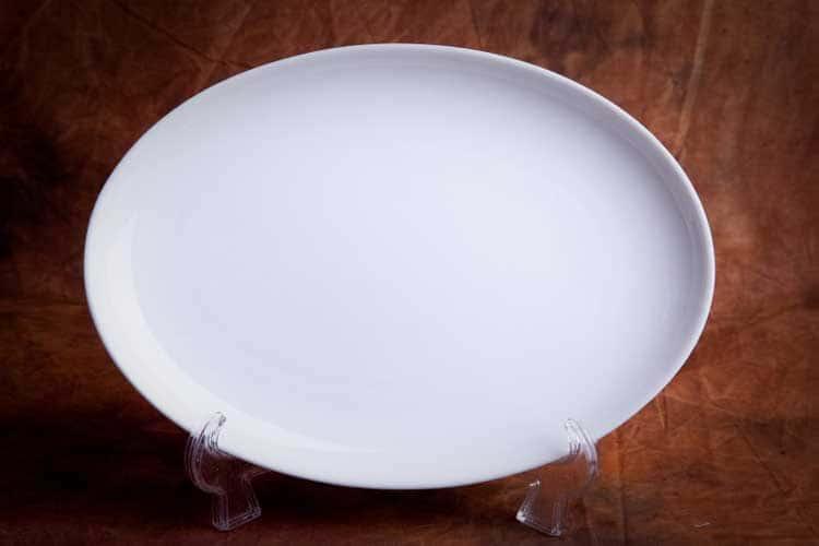 Розалия Костяной фарфор АККУ блюдо овальное длин. 31,5 см., шир. 22,5 см