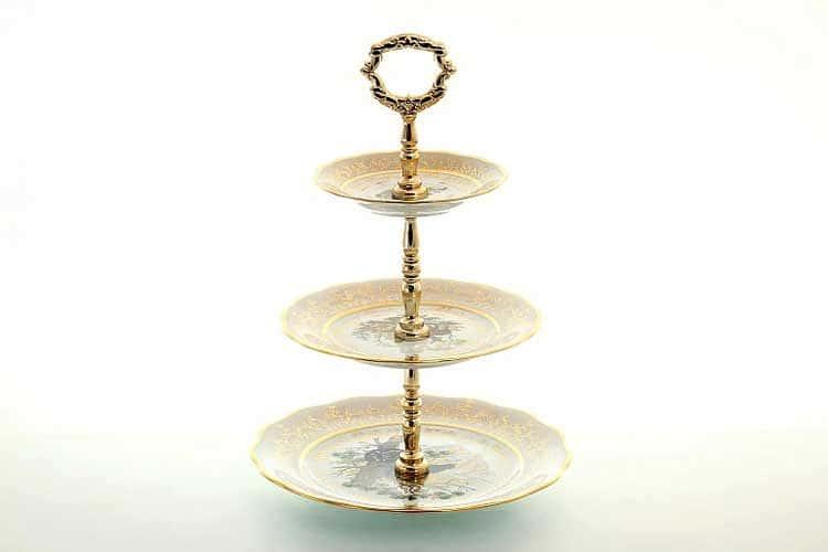 Охота Бежевая Этажерка (Горка) 3-яруса Sterne porcelan