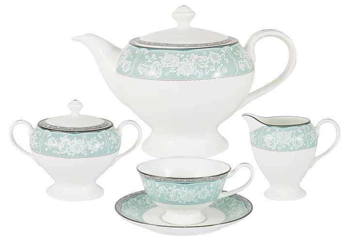 Прикосновение Чайный сервиз Narumi 17 предметов на 6 персон