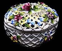 Шкатулка Корзинка с цветами из фарфора МО Германия