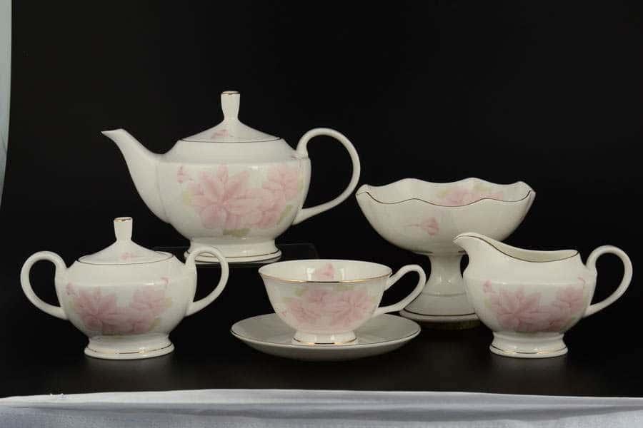 Розовые цветы Чайный сервиз Royal Classics  на 12 персон 30 предметов