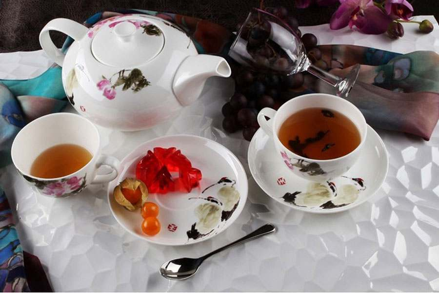 Чайный сервиз Дикая роза