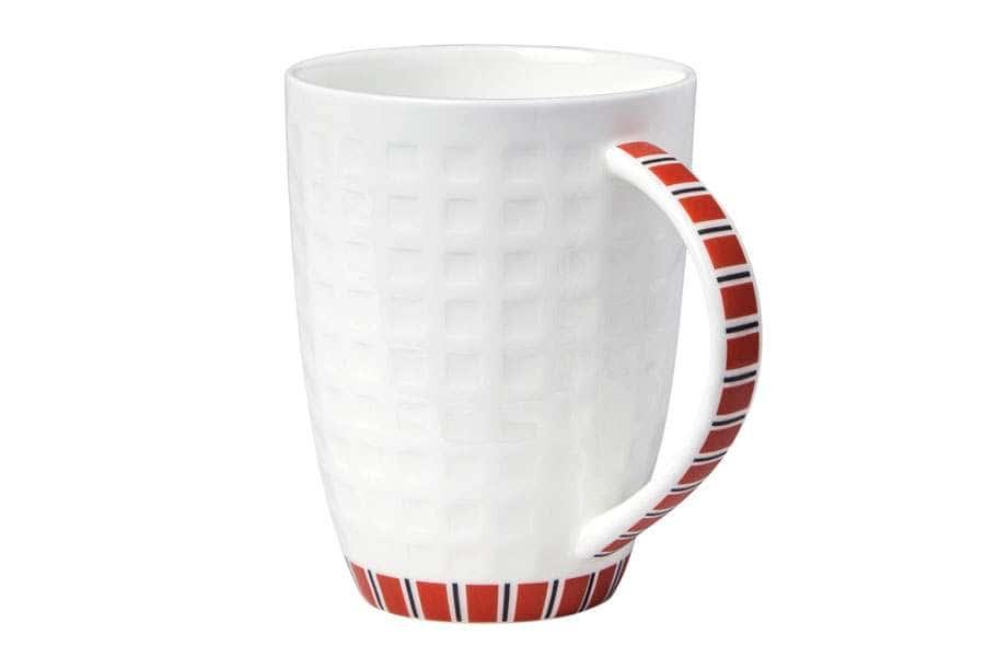 Кружка белая с красным рисунком 330 мл Канфаэль