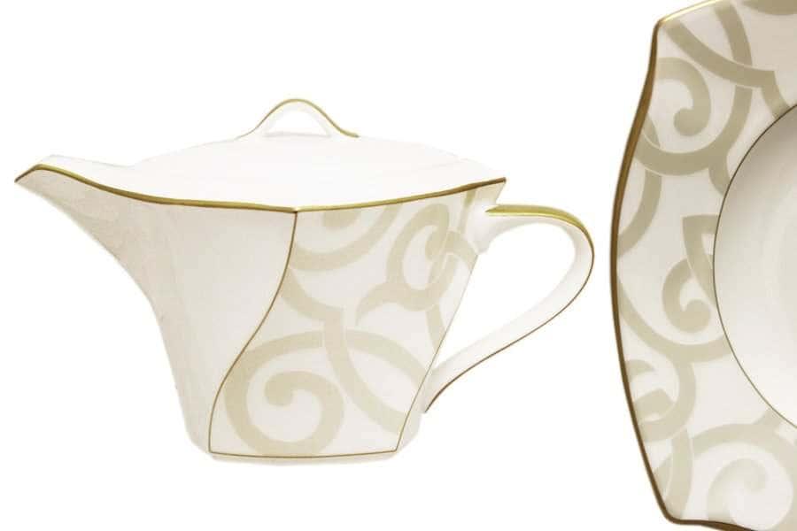 Чайник с крышкой Грегори Narumi  Индонезия