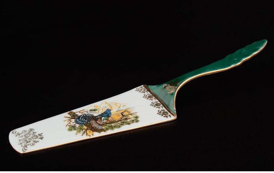 Охота зеленая Корона Лопатка для торта QC 24 см