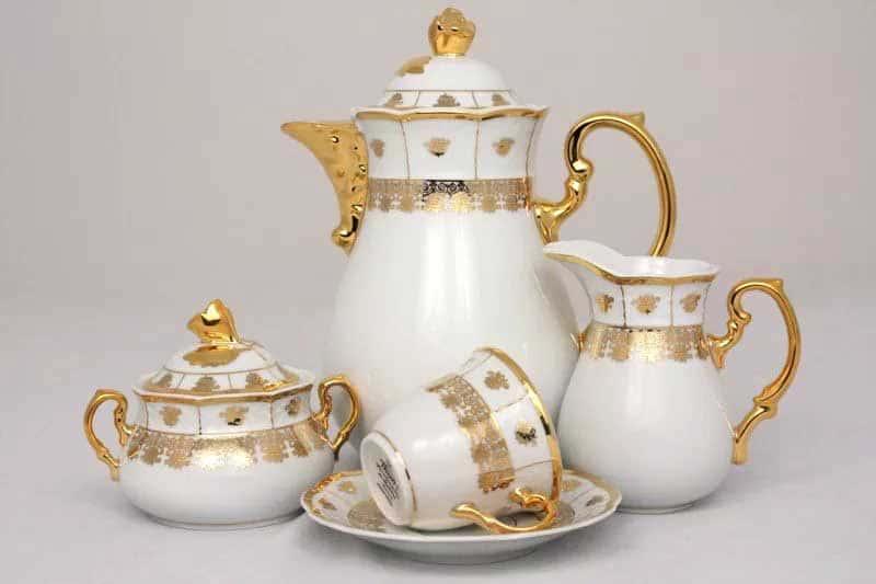 Менуэт Золотой орнамент Кофейный сервиз Thun на 6 персон 17 предметов