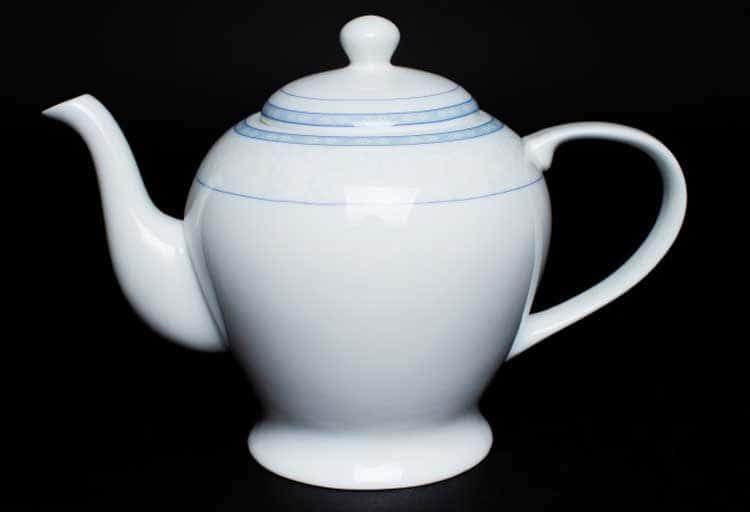 Утренний Чайник из костяного фарфора 1 литр Rulanda