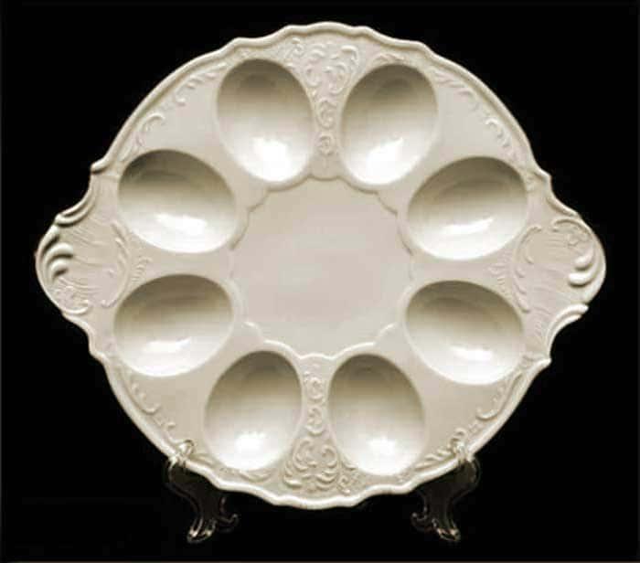 Бернадотт Белый узор BE-IVORY Поднос для яиц 25 см