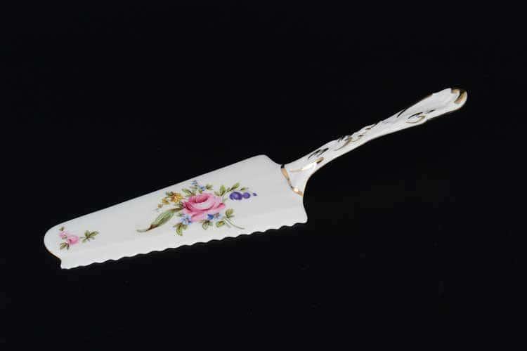 Лопатка для торта Полевой цветок Корона QC 24 см