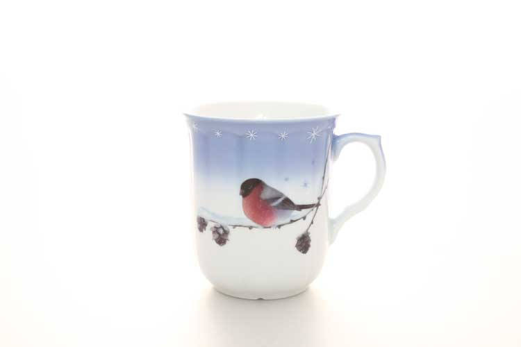 Кружка для чая Птичка синяя фон