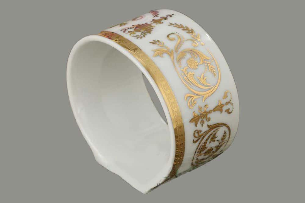 Кольцо для салфеток Сабина Золотой орнамент Леандер 1373
