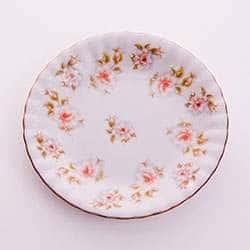 Цветы рельеф золото Набор тарелок Bavarian Porcelian 17 см